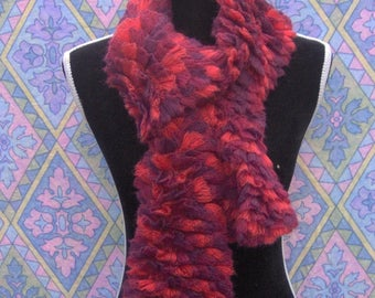 Very sweet red GRADATION scarf