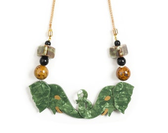 Elephants Necklace. LaliBlue