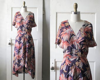 Vintage 1970s Floral Print Dress / 30s Style Tropical Rayon Dress / Bird of Paradise Dress