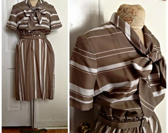 Sixties brown striped secretary vintage dress // large, extra large xl 12 14 16 plus size sexy librarian pussybow peggy olsen 1960s
