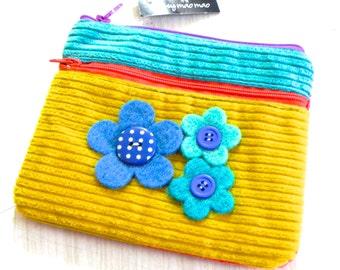 Sale  bold felt flower double zipper purse.