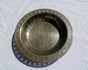 vintage victorian silverplate charger or bread basket
