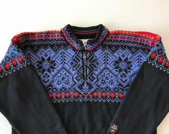 Vintage Scandinavian Sweater - Dale of Norway - Nordic Cream w Complex Design - Wool Snowflake Nordic Pattern - L