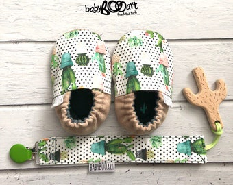 Baby set - pacifier clip+baby moccasins + wooden cactus | Dummy Clip | Soother Clip | binky clip + wooden toy |  prewalkshoes | baby bootie