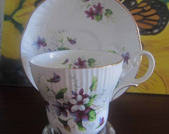 Crown Staffordshire 13991 Violets Bone China Tea Cup and Saucer - Made in England