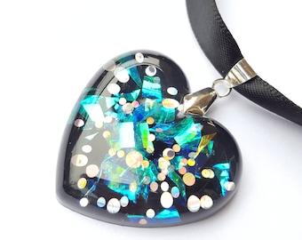 Black Heart Necklace, heart Ribbon necklace, resin Black Heart Necklace, heart pendant, heart pendant necklace, Ribbon necklace, black necklace