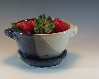 Stoneware Berry Bowl- Pottery Berry Bowl Colander- Blue White Berry Colander- Pottery Berry Colander- Handmade Fruit Bowl - Berry Strainer
