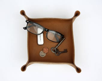 Personalised Leather Valet / Coin Tray / Planter - Father's Day Gift - Handmade - Tan Brown - Gift for Him, for Her - Personalised Gift