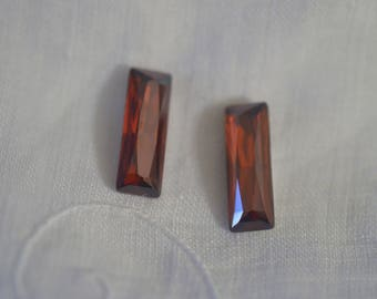 4 pieces 4547 Red Magma 15mm x 5mm Swarovski Crystal Princess Baguettes