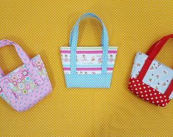 Tote bag - - Kids bag - Girl bag - Small tote - Girls tote bag - Handmade bag - Fabric bag - Toddler tote - Bag - Fabric tote - Girls purse