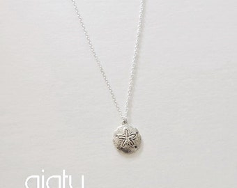 Sand Dollar Necklace, Small Necklace, Bridesmaid Gift, Simple necklace, Dainty Necklace, Bridesmaid Necklace, Mother's Day Gift