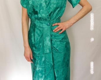 Beautiful 80's kelly green dress