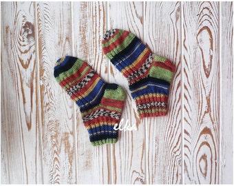 Knitted socks, baby / Вязаные носочки, детские