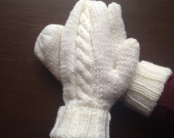 White Cable Knitted Wool Mittens