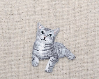 Gray Tabby Cat  - Kitten - Embroidered Patch - Iron on Applique - 1517275-A