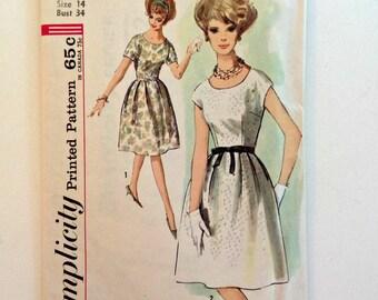 Vintage 1963 Simplicity pattern 4982 - Misses One Piece Dress - Size 14