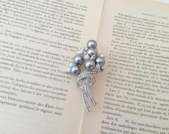 Silver Leaf Brooch.Brushed Silver Brooch.Silver Leaf Pin.Matte Silver Brooch.Broach.Leaves.Gray Pearl.Grey Pearl.Rhinestone Pearl Brooch Pin