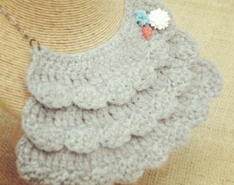 Gray Crochet Bib Necklace with Mini Flowers