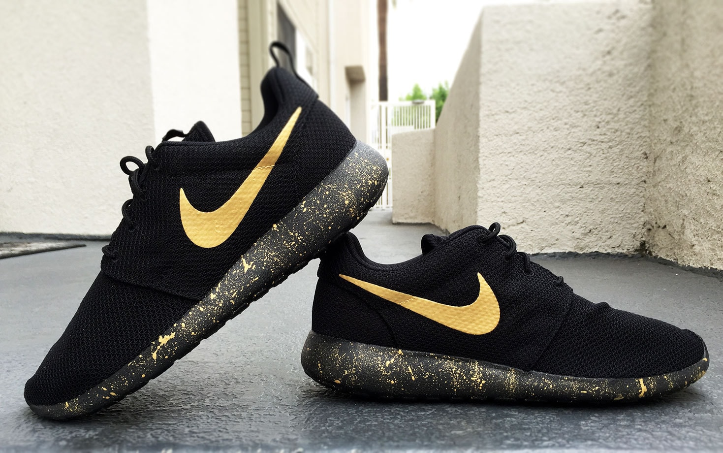 nike roshe run mens custom black nz
