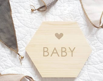 Personalised wooden baby plaque