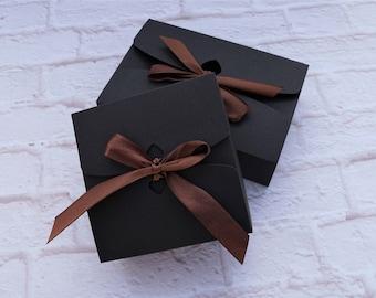 Square gift wraps