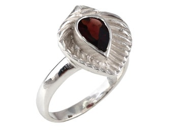 Garnet 92.5 sterling silver ring size 9 us