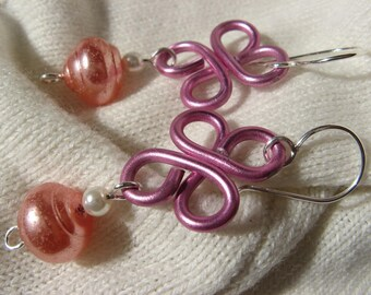 Fancy pink clover earrings silver plated