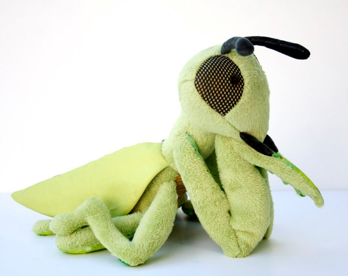 Praying Mantis, Soft Green Stuffed Grasshopper Plushie, Sleeping Toy