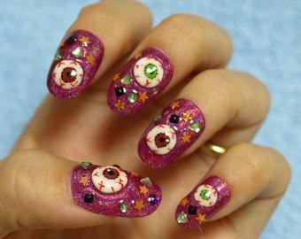 Eyeball, creepy kawaii, deco nail, goth nail, zombie nail, Harajuku, Japanese fashion, Tokyo fashion, 3D nail art, Halloween, cosplay