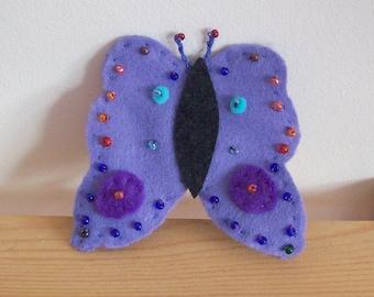 butterfly felt brooch, beaded butterfly brooch, lilac felt butterfly, pretty butterfly brooch, lapel brooch felt, felt and beads butterfly