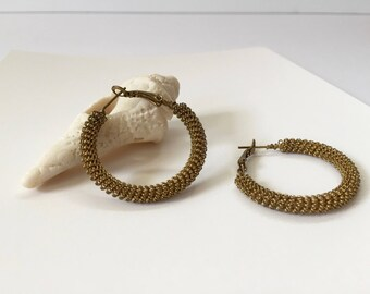 Vintage Gold Tone Wire Hoop Earrings Boho Style