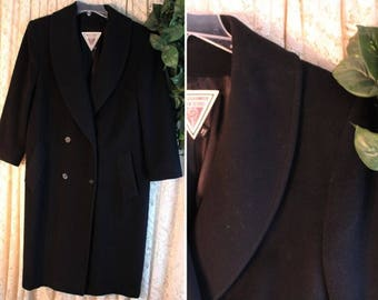 Vintage WOOL LONG COAT Ladies Size 12 100-Percent Wool Tailored Tuxedo Collar Fully Lined Double Breasted Deep Navy Blue Black United States