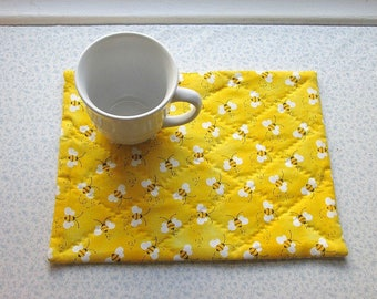 yellow bees honey bees bumble bees hand quilted snack mat table mat candle mat you decide use