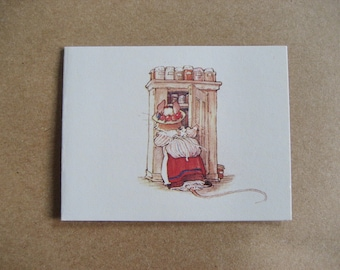 2 Brambly Hedge Gift Cards Jill Barklem 1982 Mouse Looking in the Cupboard