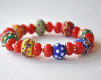 Bright Red Bracelet, Colorful Bracelet, Stretch Bracelet, Glass Bead Bracelet, Lampwork Bracelet,  Artisan Bracelet