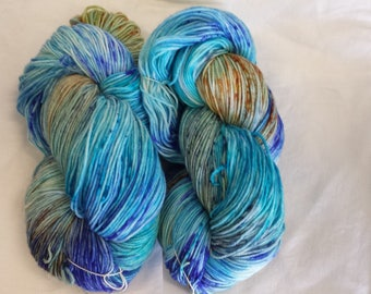 CC17/483 Handdyed Sock Yarn 4ply