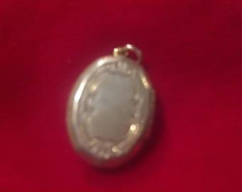 Vintage silver tone locket