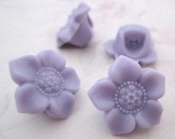 20 pcs. purple plastic flower shank buttons 17mm - f5333