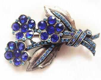 Vintage Pot Metal Blue Sapphire Rhinestone Flower Pin Brooch