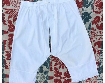 Antique Victorian white cotton split crotch bloomers | owner identified | dayton ohio | 1800s | underwear | eyelet | size L large