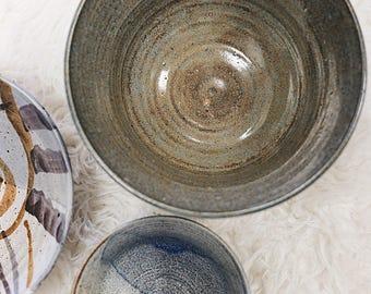 Vintage Large Pottery Bowl / Pottery Serving Bowl / Pottery Bowl / Kitchen Pottery / Hand Thrown Pottery / Stoneware Planter