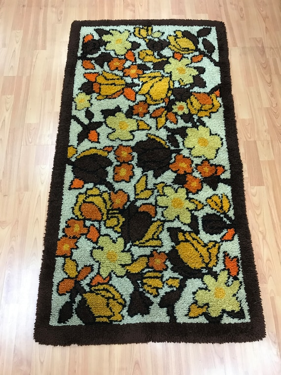 "2'6"" x 4'10"" Moroccan Floral Design Oriental Rug - Hand Made - 100% Wool"