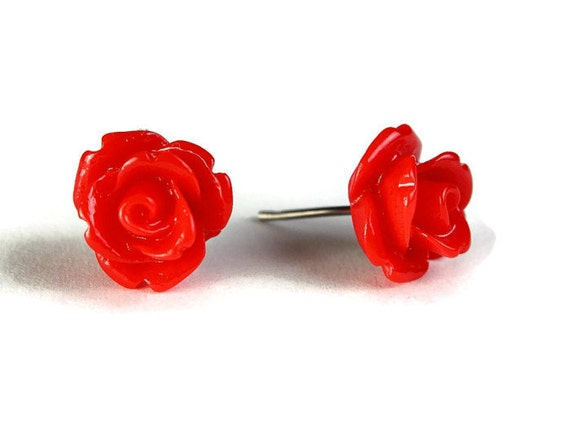 Red ruby garnet rosebud surgical steel hypoallergenic stud earrings (344)
