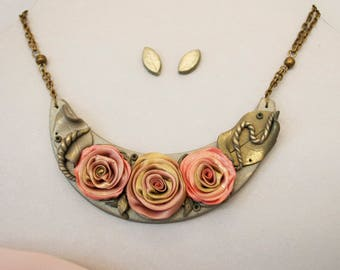 Pink roses - Unique handmade necklace + GIFT