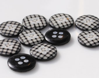 Black Gingham Buttons - 10 buttons (12mm)