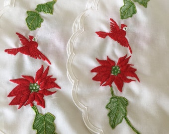 Vintage Poinsettia Christmas Placemats Set of 2 Holiday Decor