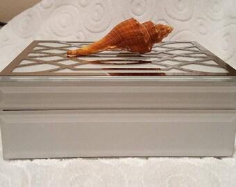 NO. 117 ~ White Deco ~ Distant Karuna Angel Reiki© Prayer Box