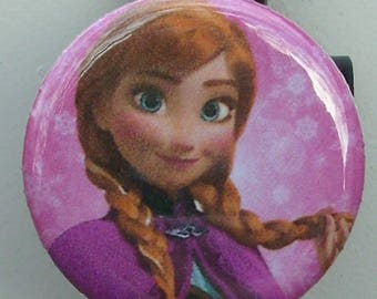 "Disney Frozen ""Anna"" badge reel"
