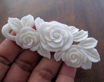 ROSES, Hand Carved Flower Pendant,  Stringing, Carved  buffalo Bone , jewelry making  Supplies S7900