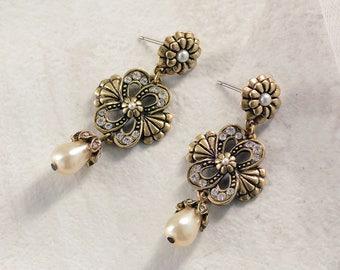 Victorian Knot Earrings, Dangle Earrings, Pearl Earrings, Crystal Earrings, Wedding Earrings, Bridesmaid Earrings, Bridal Jewelry  E248